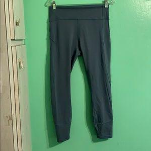 LULULEMON Wunder-Under workout leggings